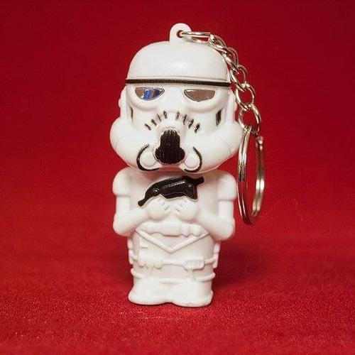llavero star wars stormtrooper con luz y sonido