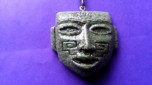 llaveros de modelos prehispanicos en malaquita