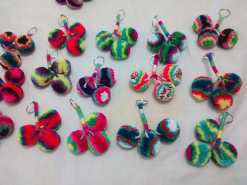 llaveros, wayuu,pom pom artesanales