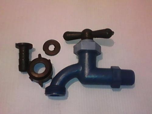 llaves plástica de 1/2 con cámara oxigenante