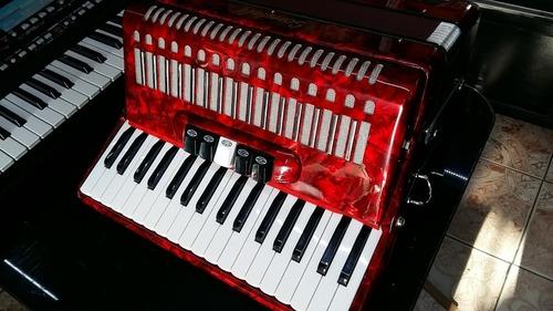 llegaron..!!! los acordeones scandall de 72 bajos