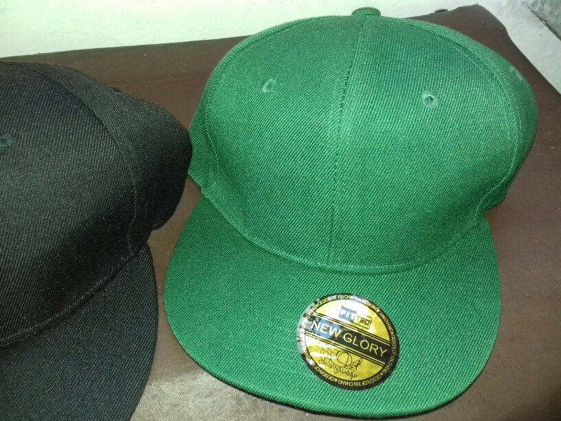 Llevate Las 3 Gorras Negra verde camuflada 105a926c236