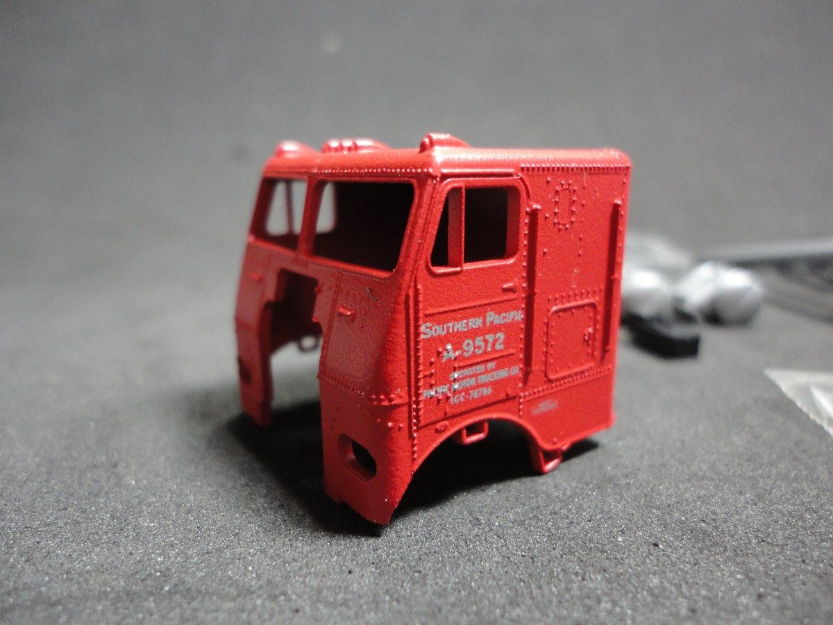 Llm - Camion White Tractor S p  Athearn 5511 - Ho - $ 475,19