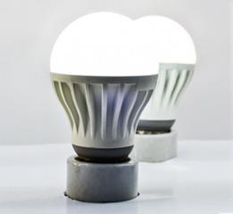 lâmpada super led 5w bulbo e27 10 unidades bivolt.
