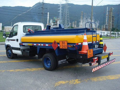 loca caminhão comboio melosa abastecedor diesel combustível