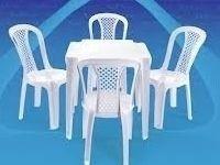locacao de mesas e cadeiras de ferro madeira e plastico