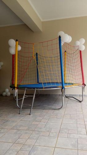 locação de brinquedos, cama elástica ou piscina de bolinhas