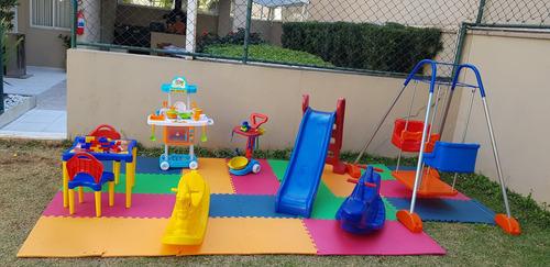 locação de brinquedos, mesas e cadeiras cama elástica
