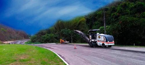 locação de fresadora de asfalto e transporte de máquinas