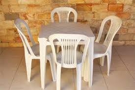 locação de mesa e cadeira 2566-0637