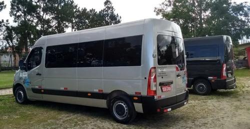 locação de vans 20 passageiros