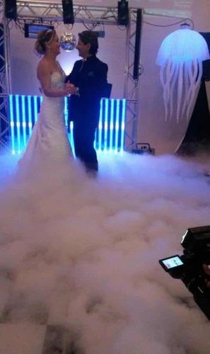 locação maquina nuvem fumaca rasteira gelo seco
