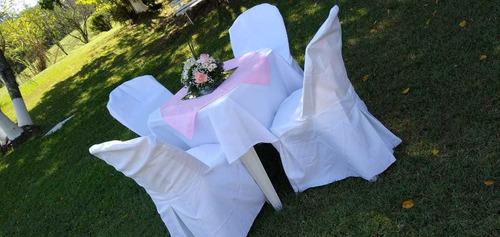 locação mesas e cadeiras para festas e eventos