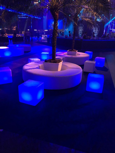 locação puff led esfera mesas e venda artiluminacao consulte
