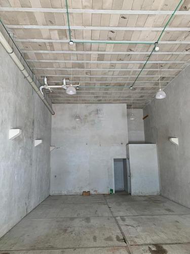 local 10 m2 av . 80 ejidoplaya del carmen c2796