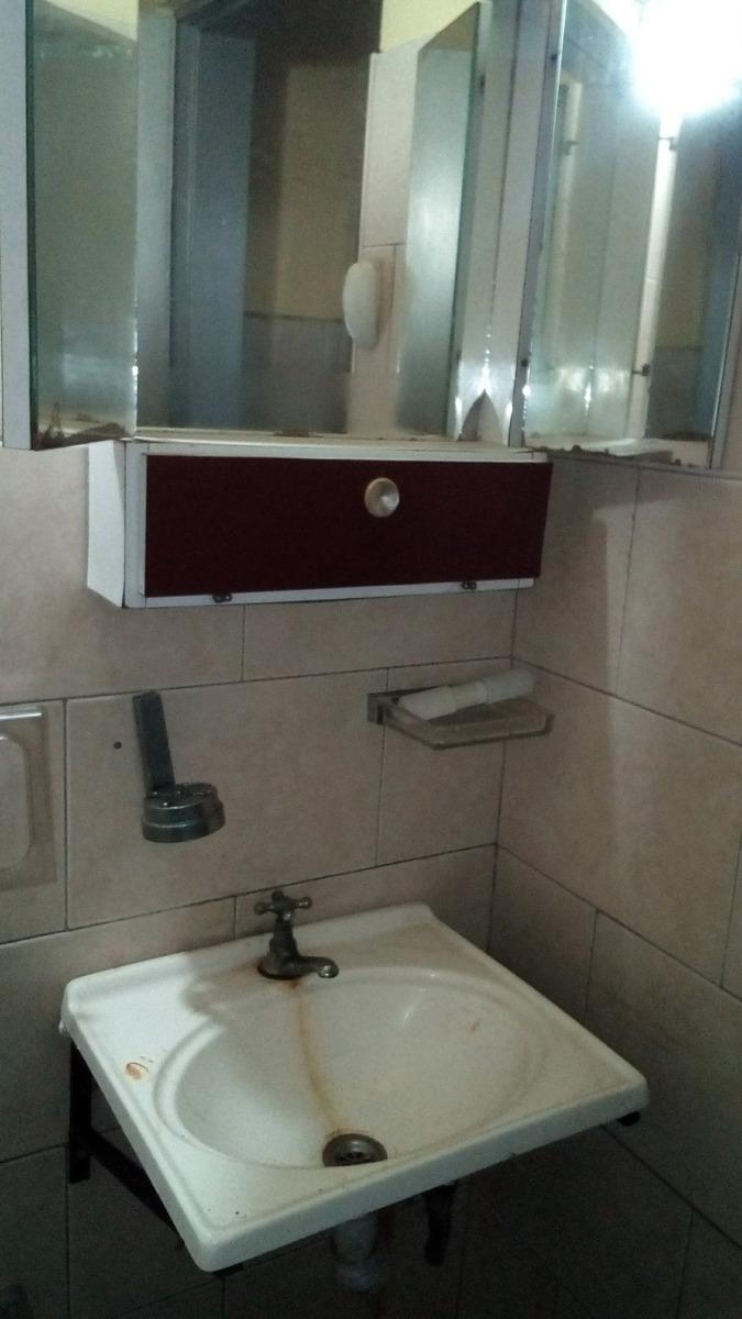 local 2 ambientes con 1 baño