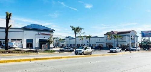 local #4, #5, #6 y #7 en renta, plaza aeropuerto, colonia aeropuerto