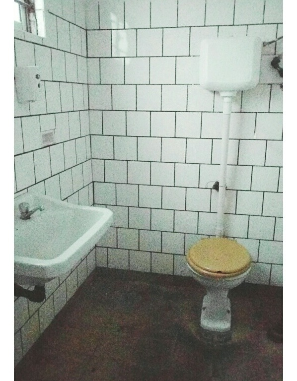 local 45m francisco solano lopez, cortina rejas baño cocina