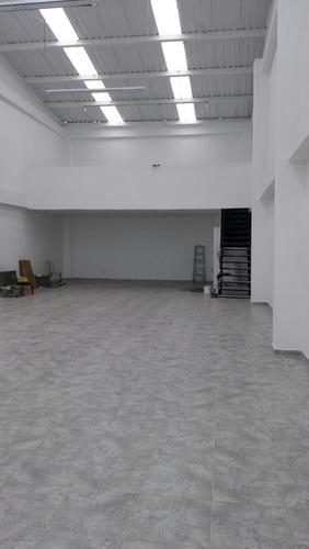 local área 240 m2 sector parque sucre