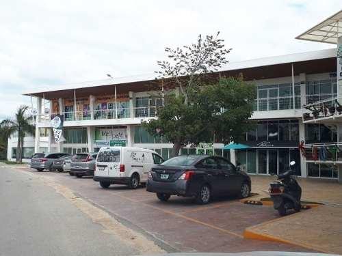 local av. 115 playa del carmen p2666