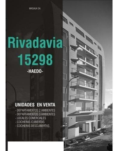 local |  av.rivadavia 15298