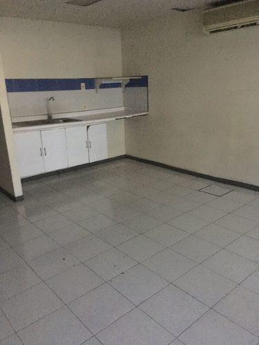 local, bodega y oficinas sobre emiliano zapata primer piso