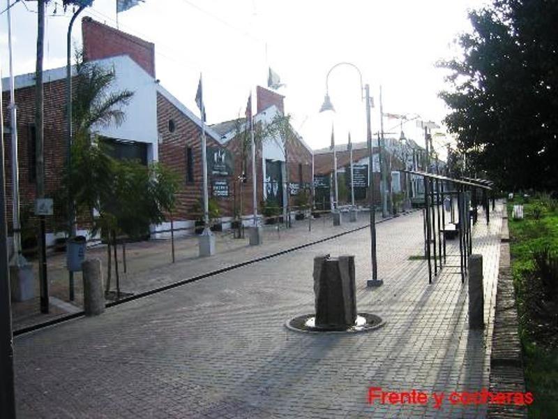 local   bolivia 1590/1598