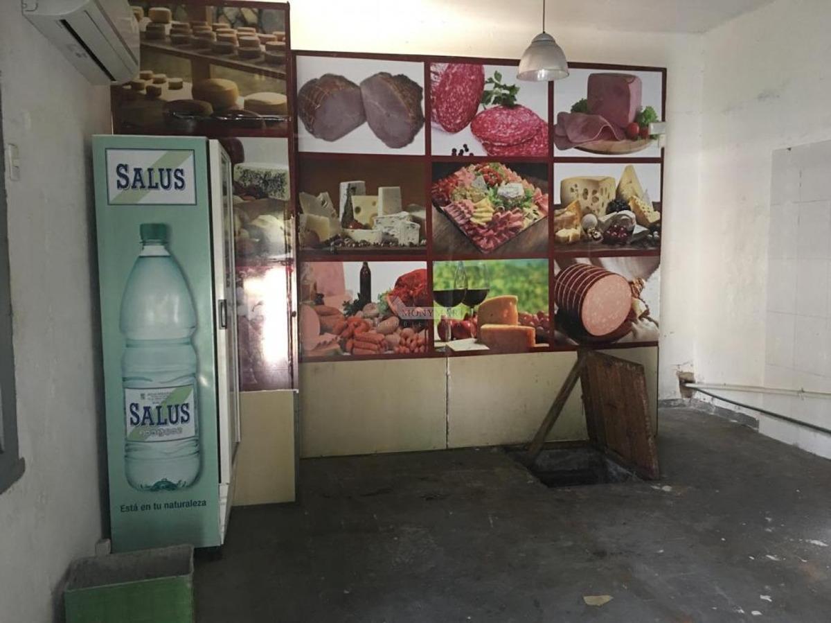 local brazo oriental venta carabelas y antonio machado (se vende local + casa)