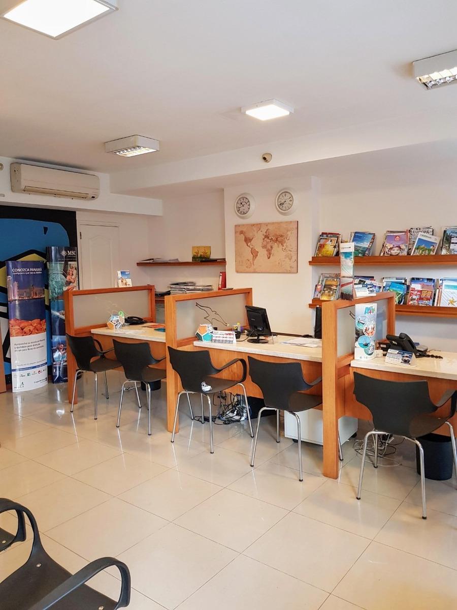 local centro agencia de viajes y/u otra actividad amueblado