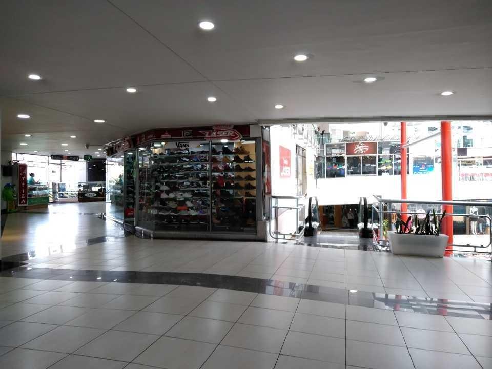 local centro comercial parque caldas manizales