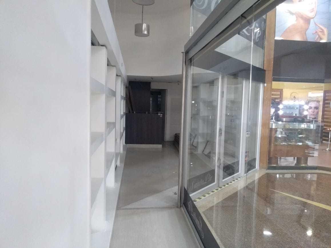 local centro comercial san diego