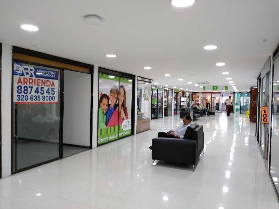 local centro comercial sancancio manizales