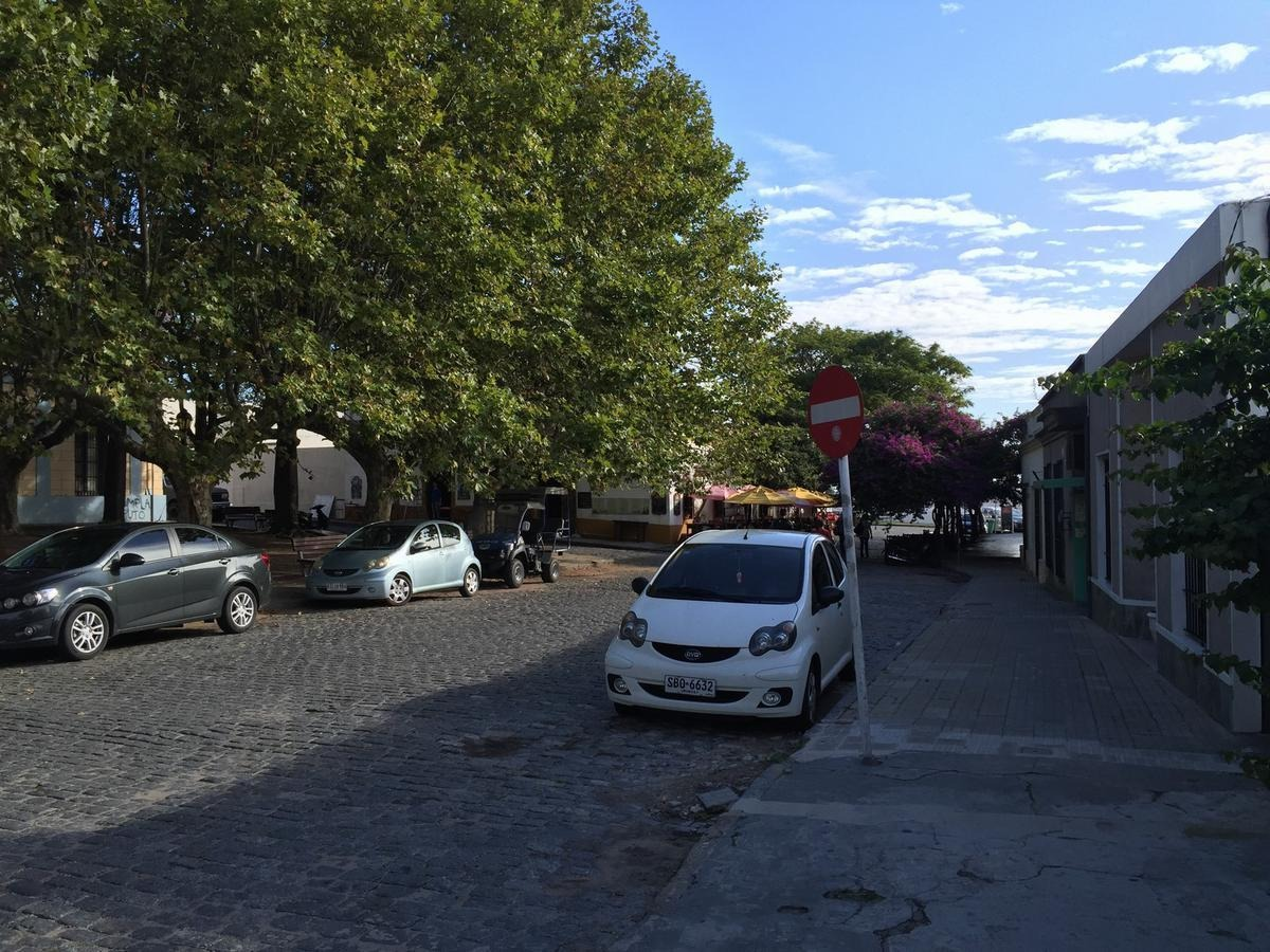 local - colonia del sacramento