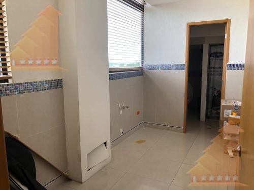 local comercial 150m2 en renta con baños plaza punta tulum
