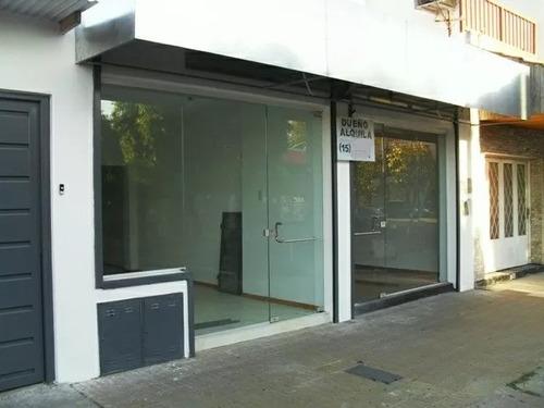 local comercial 24 m2  con persiana y vidrio templado haedo
