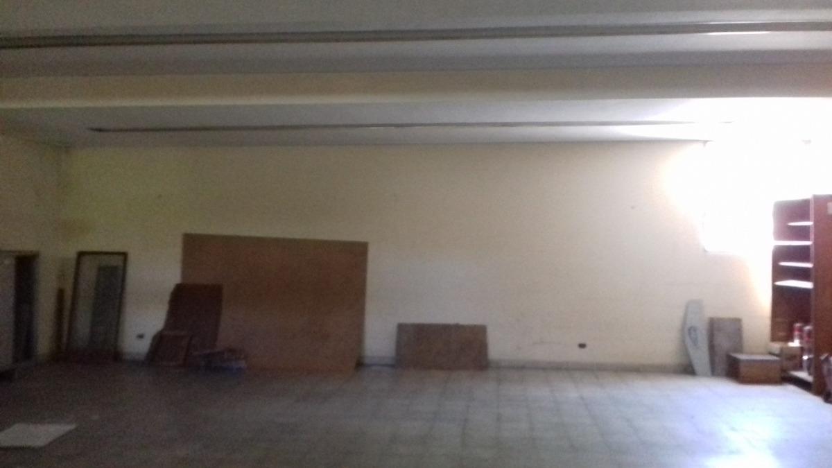 local comercial 260 m2/ excelente zona(santa fe 2400)