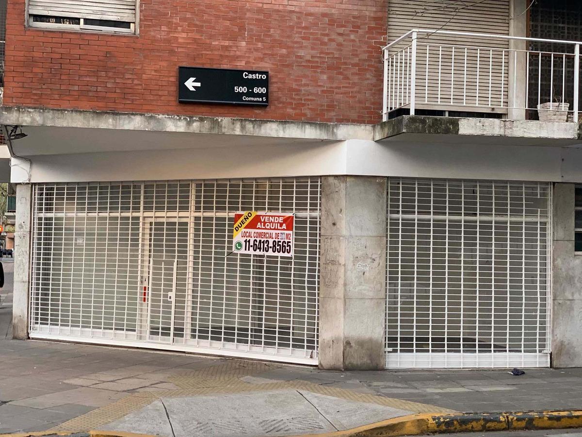 local comercial 28m2. esquina. dueño directo. financió.