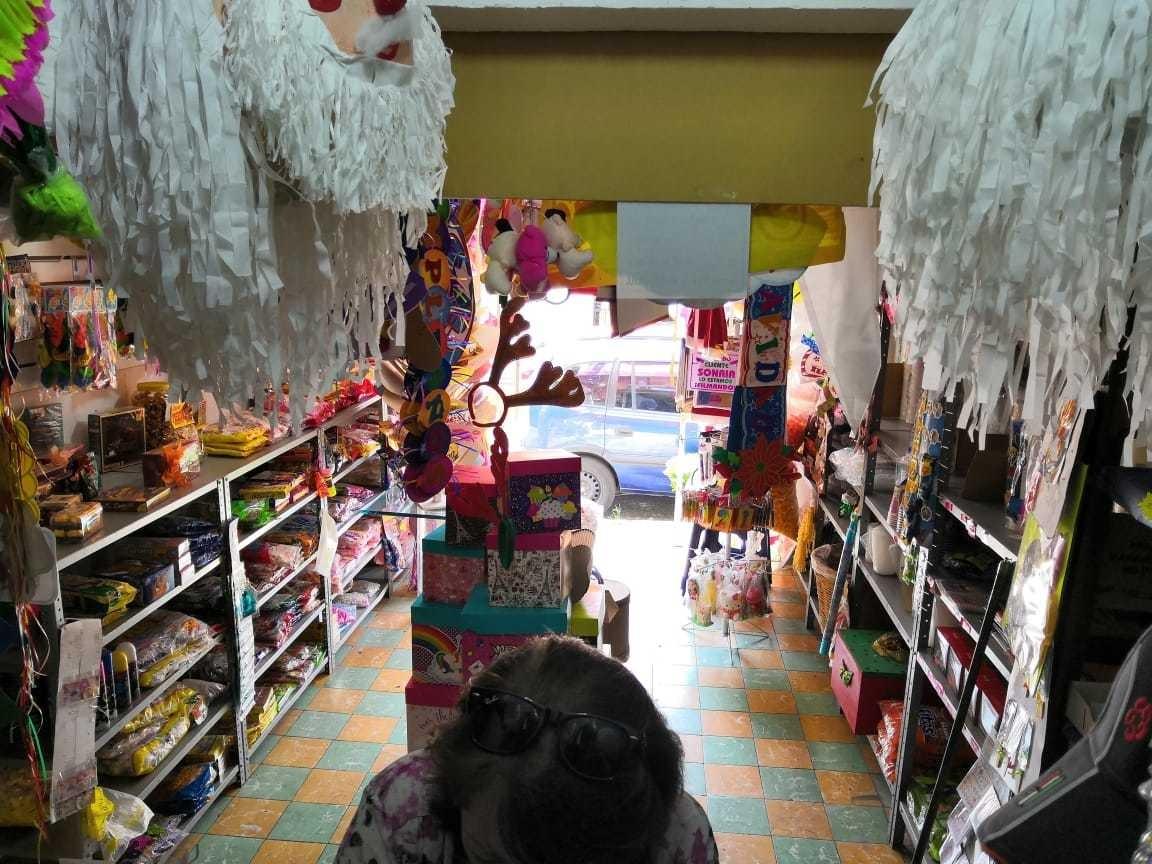 local comercial 30mts, dulces y todo para sus fiestas