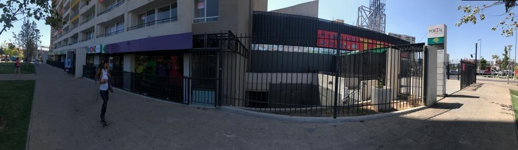 local comercial al lado de estaciones de  metro bellavista y vicuña mackenna.
