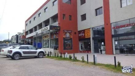 local comercial alquiler valle escondido complejo tamar