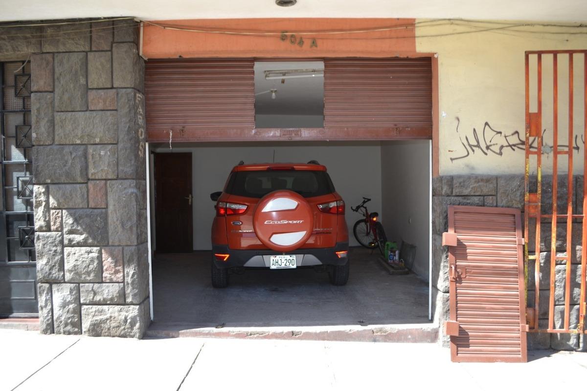local comercial av. goyeneche, miraflores