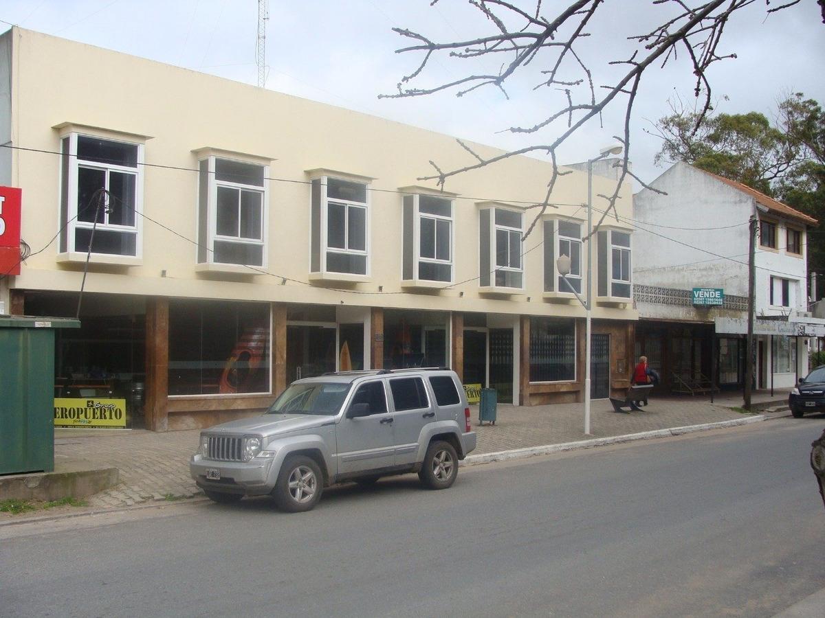 local comercial av. shaw. pinamar