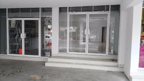 local comercial blvd. dr. mora colonia las quintas
