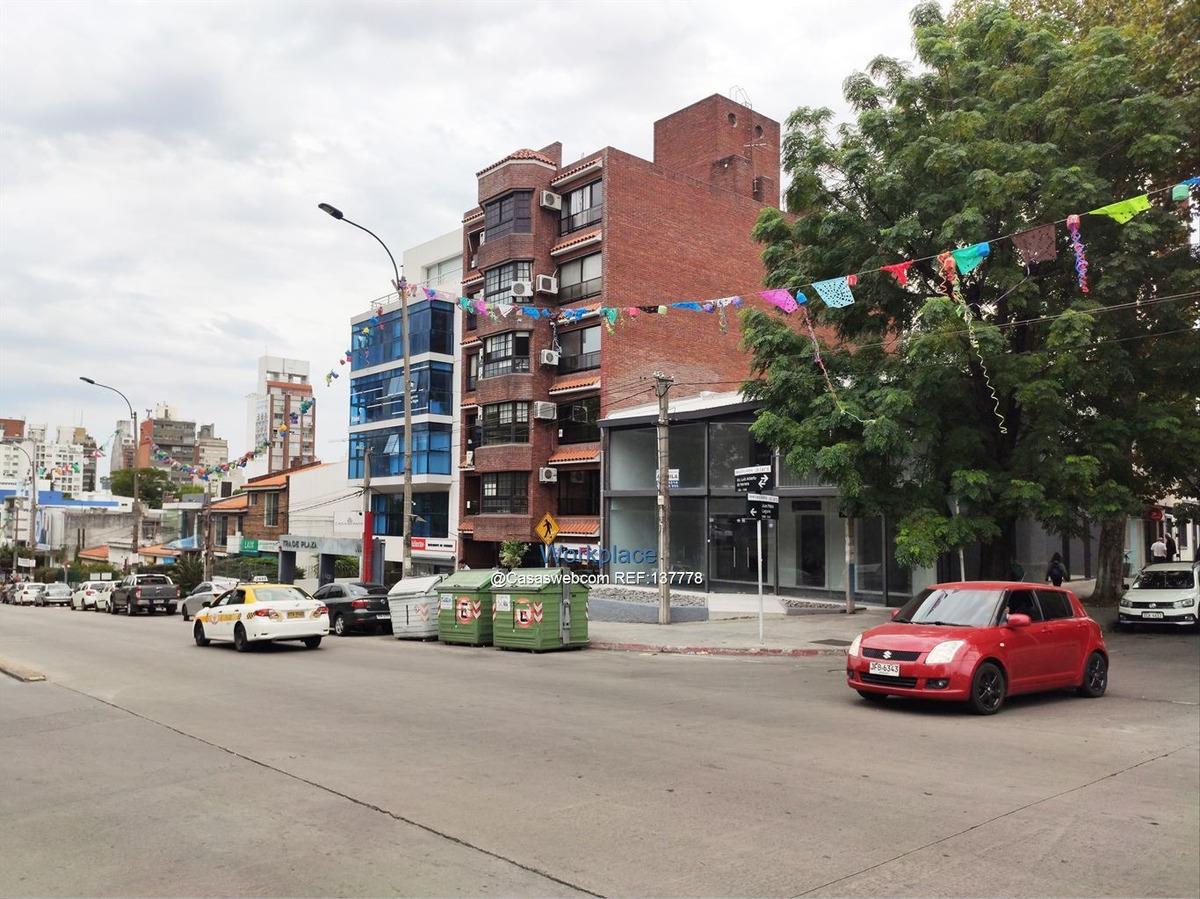 local comercial buceo -herrera frente a shopping - alquiler