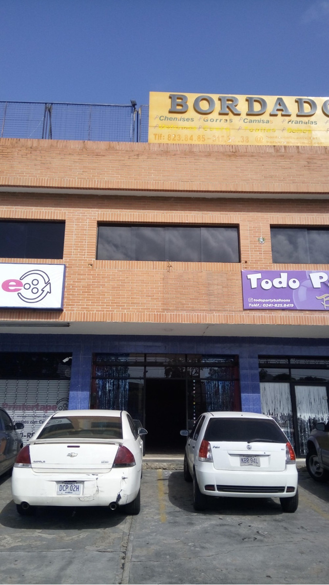 local comercial, c.c eurocenter, parroquia san jose, val-