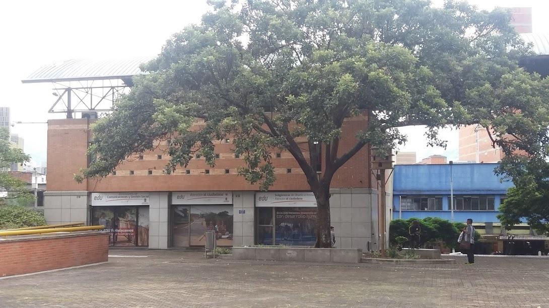 local comercial centro de medellín rentando