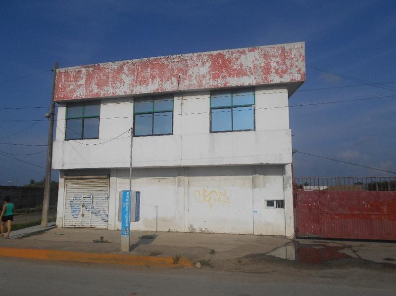 local comercial con oficinas carr. coatza-mina