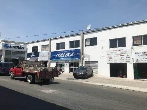 local comercial de 130m2 sobre avenida principal, 2 minutos de constituyentes