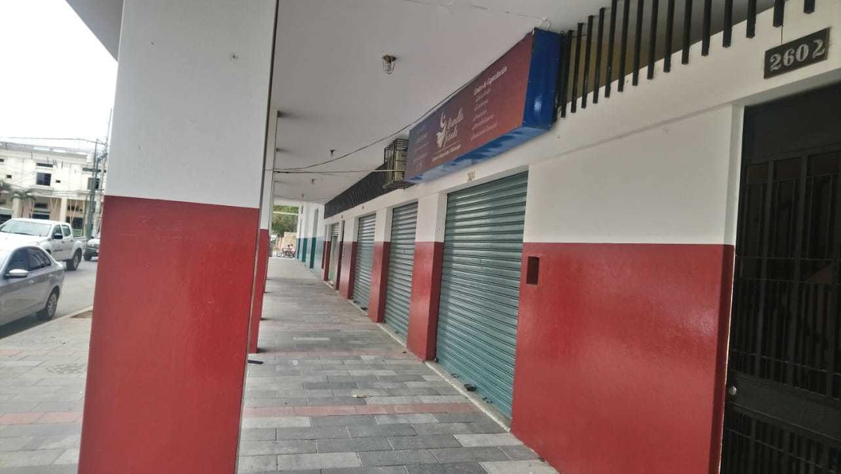 local comercial de 4 areas