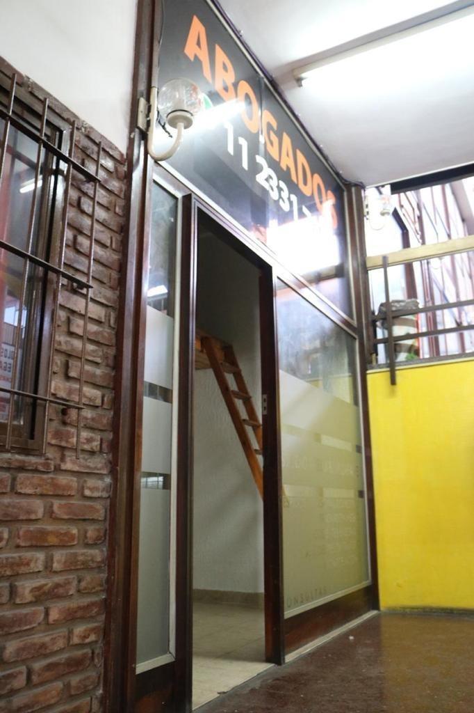 local comercial dentro de galerìa